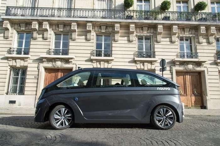 В Париже тестируют беспилотное такси-9 фото + 1 видео-