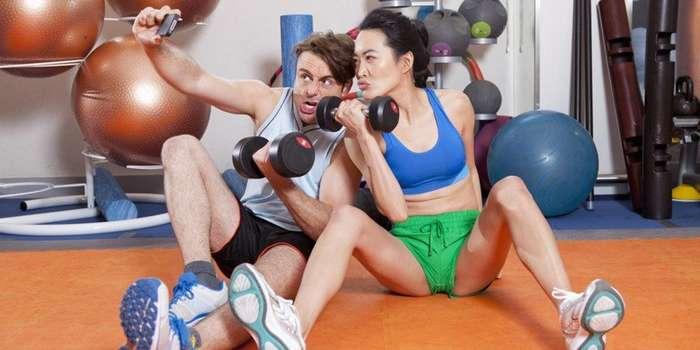 Если ваши друзья постят фотки из спортзала, у них – серьезные проблемы-14 фото-