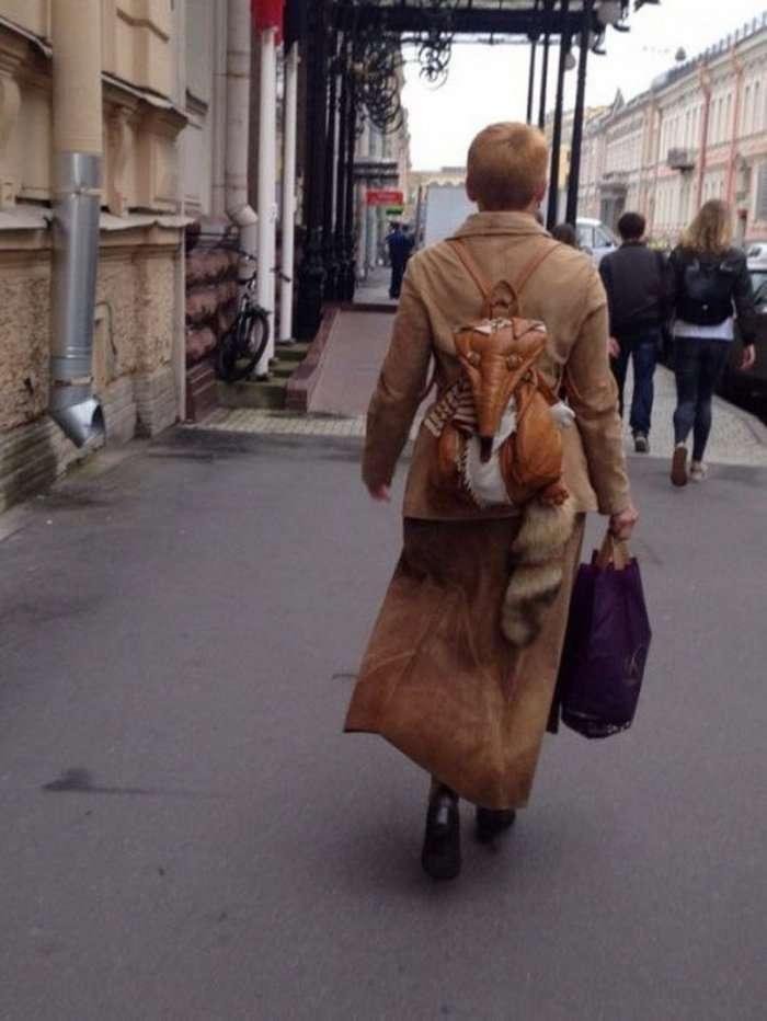 Жители Санкт-Петербурга.Ленинград плачет.Да пусть все носят что хотят.Только это глупо-17 фото-
