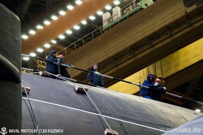 РПКСН -Князь Владимир- выведен из стапельного цеха-13 фото-