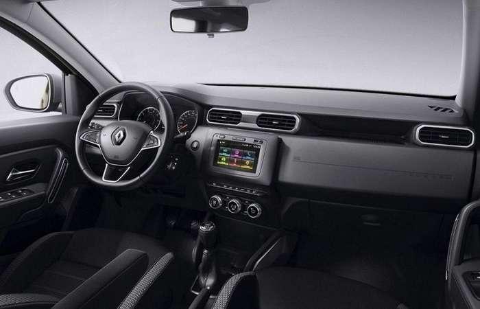 Новый -Дастер- показали и с шильдиком Renault-3 фото-