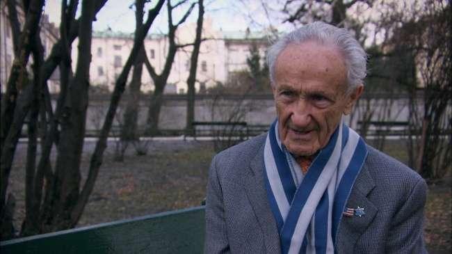 Эду Мосбергу92, онпережил два концлагеря, носейчас онсчастливее многих людей насвете