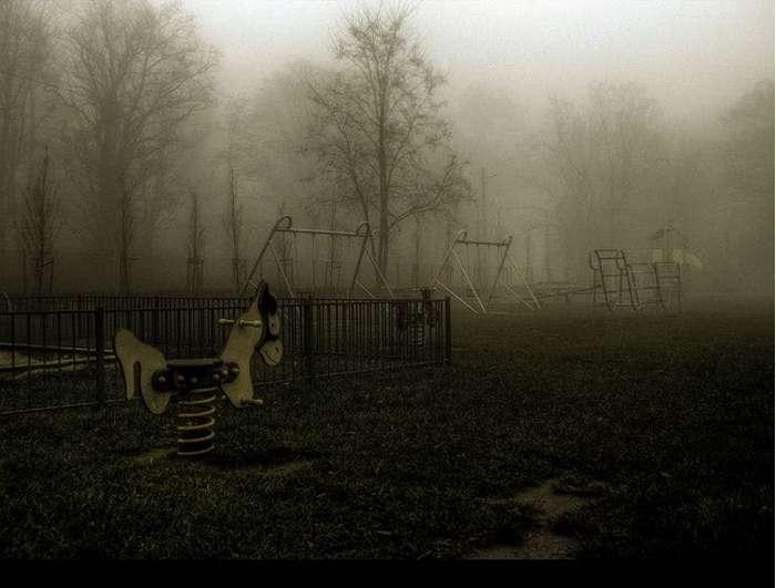 Крылатые качельки ужаса или детские площадки, которые сошли из ваших худших кошмаров