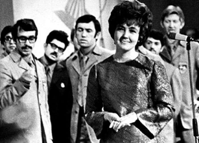 Куда пропала с экранов известная советская телеведущая Светлана Жильцова