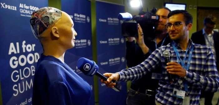 Зачем робот-андроид получил гражданство Саудовской Аравии и как -потроллил- Илона Маска
