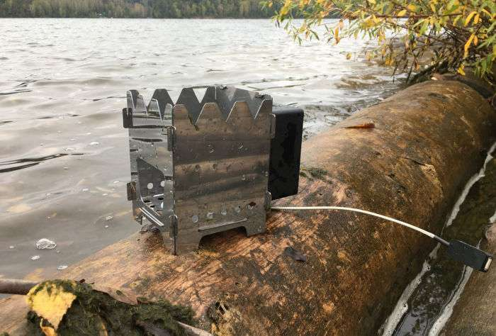 Россиянин сделал портативную печь, которая зарядит гаджеты в любую погоду