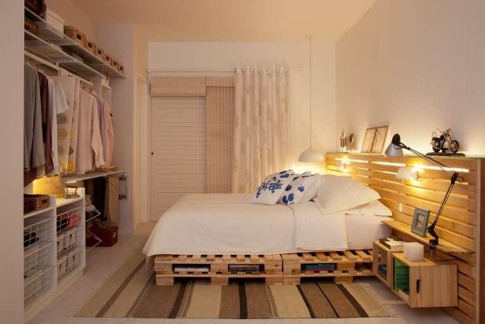 Практично и долговечно: 15 примеров самодельных кроватей из поддонов