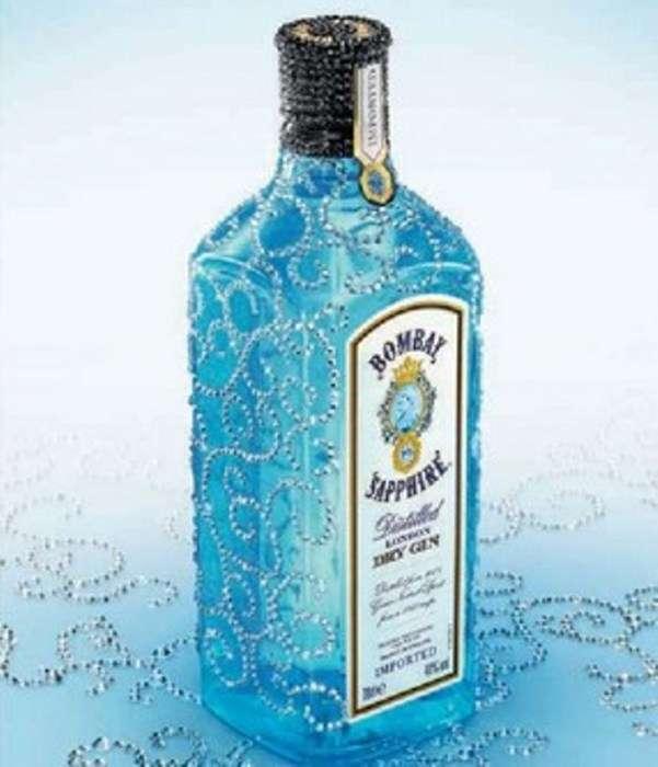 10 бутылок спиртного, которые уже сами по себе произведение искусства