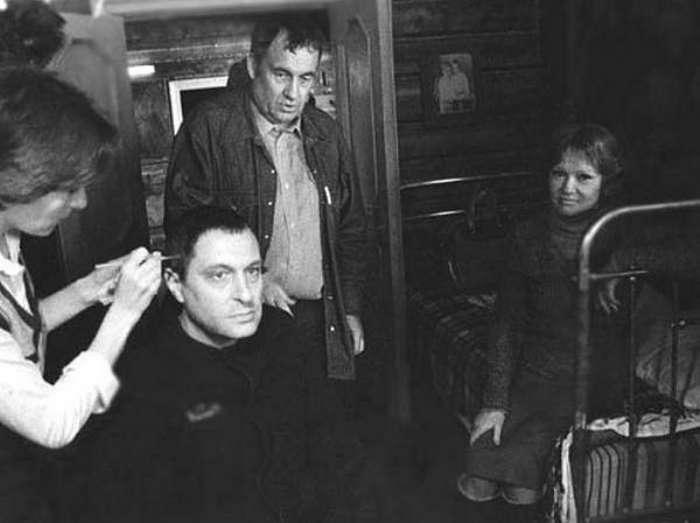 -Вокзал для двоих-: как Басилашвили уважение заключенных заслужил