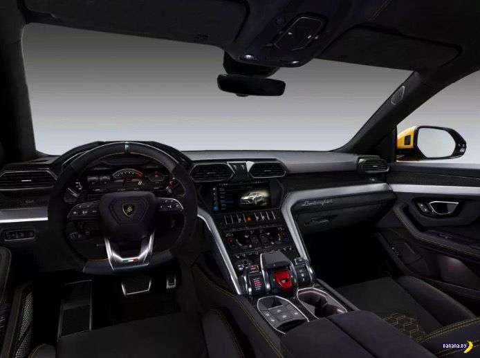 Неистовый и жёлтый Lamborghini Urus