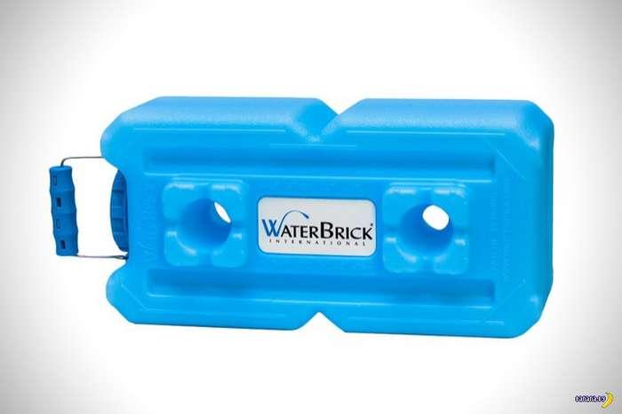 Водяные кубики