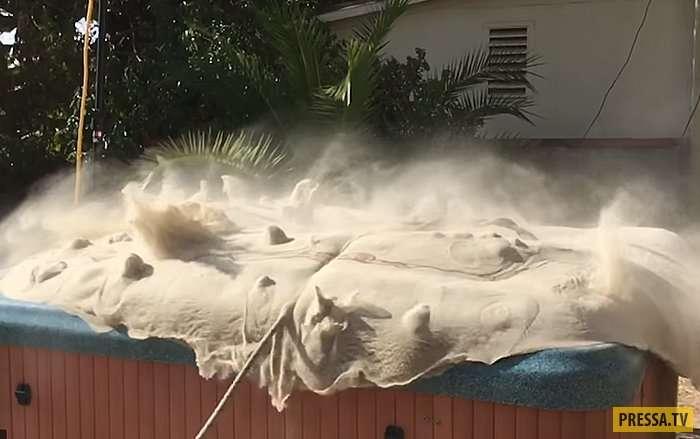 Необычное изобретение: Джакузи с песком вместо воды (6 фото + видео)
