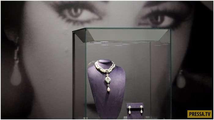 Перегрина - самая дорогая и самая большая жемчужина в мире (11 фото)