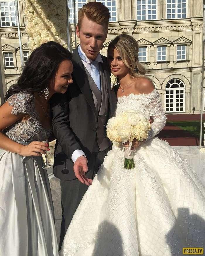Свадьбы российских знаменитостей в 2017 году, которые привлекли внимание (18 фото)