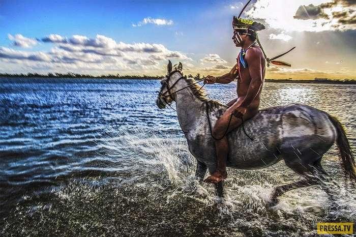 Затерянное племя Камаюра (10 фото)
