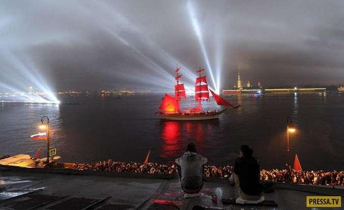 Самые известные в мире фестивали с интересными традициями (42 фото)