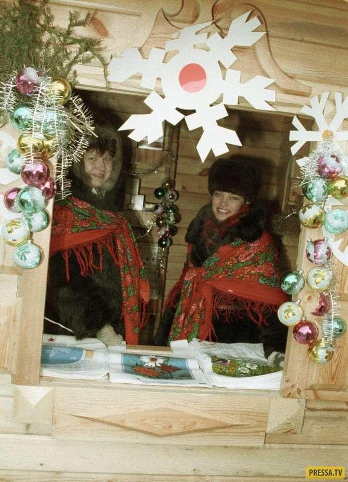 Атмосферные новогодние фотографии прямиком из СССР (20 фото)