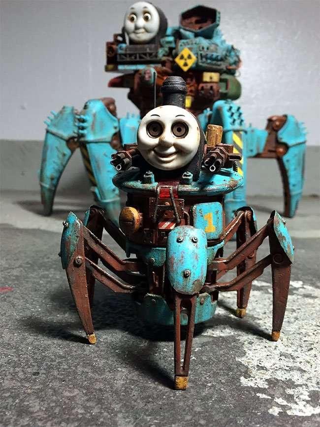 Японский художник превращает детские игрушки в постапокалиптические кошмары (32 фото)