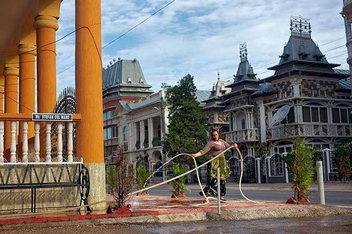 Провинциальный румынский город населенный исключительно цыганскими баронами