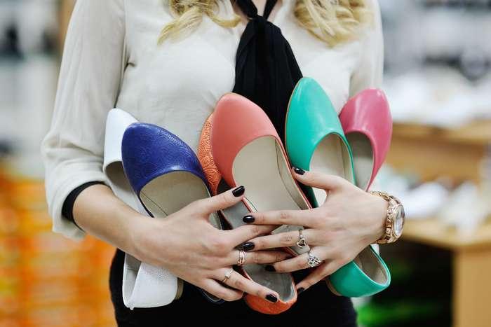 Антитренды-2017: эти модели женской обуви уже давно вышли измоды