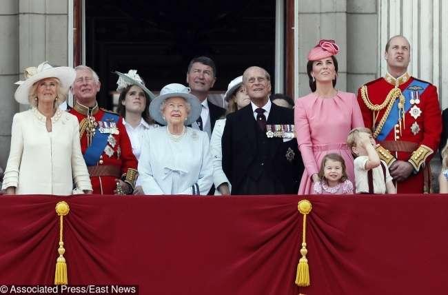 10любопытных фактов осемье британского монарха, которые невсе знают