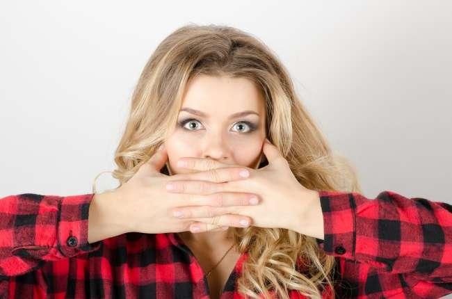 10вредных привычек, которые расскажут кое-что охарактере своего обладателя