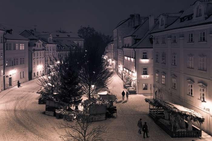 Какую температуру вдомах устанавливают зимой жители разных стран