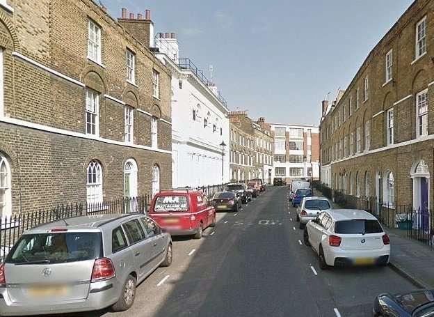 Беженцы из Сомали 15 лет арендуют за минимальную плату роскошный дом в центре Лондона-3 фото-