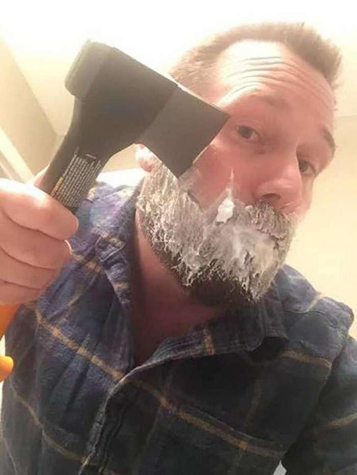 Как брились настоящие мужики-21 фото-