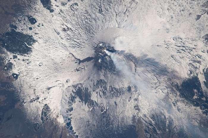 Озеро Алаколь и разрушительный ураган: NASA показало лучшие фото Земли, сделанные с орбиты в 2017 го-17 фото-