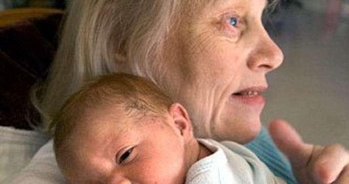 Женщины, которые стали матерями в престарелом возрасте