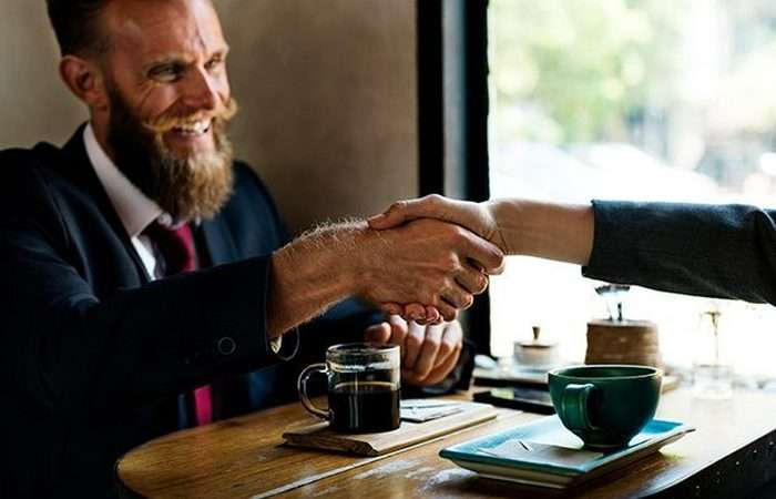 15 научно доказанных причин, по которым стоит быть благодарным другим людям