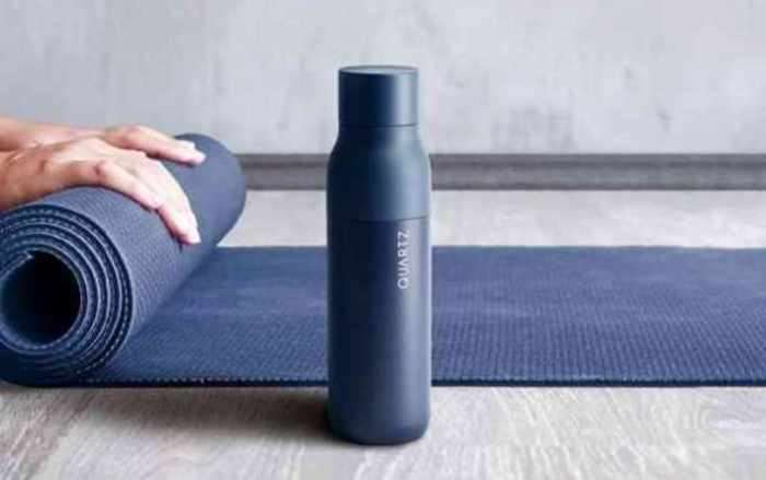Бутылка QUARTZ, которая очистит воду даже из -копытца-