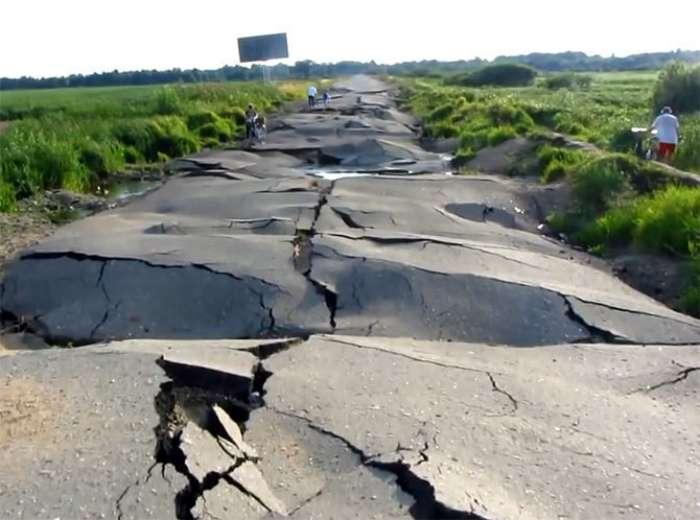 17 доказательств того, хороший асфальт на отечественных дорогах не валяется
