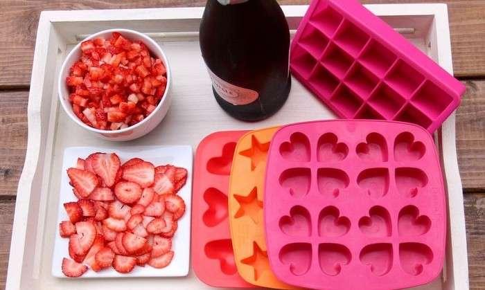 Как сделать гламурный лёд для шампанского, рецепт которого гости будут выпрашивать весь вечер