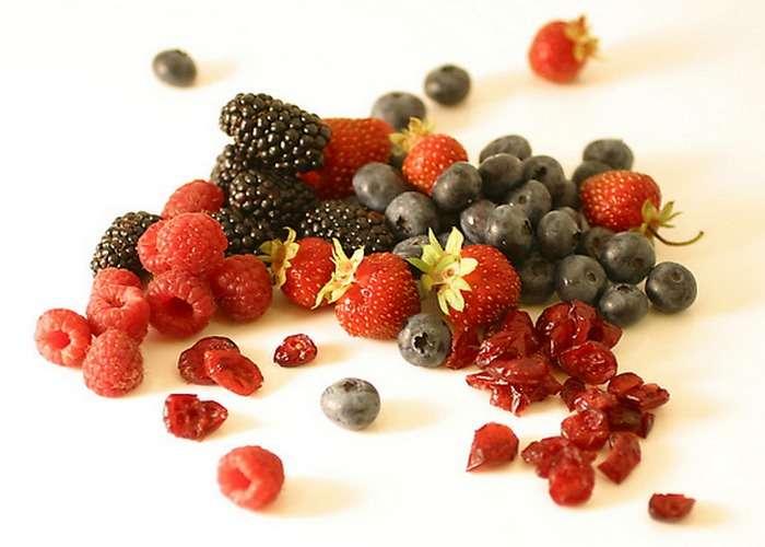 10 продуктов, которые помогут пережить зиму без простуды