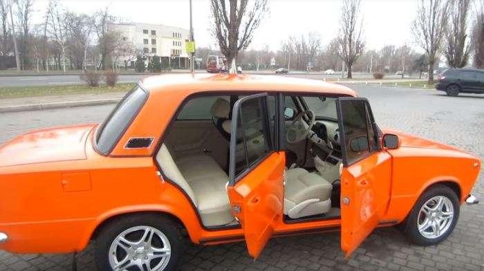 Тюнинг 80 уровня: житель Запорожья превратил -Копейку- в роскошный седан