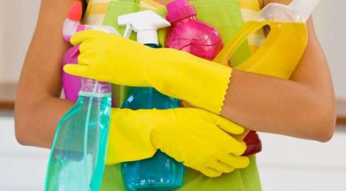 Чистящие средства, которые справятся с ржавчиной и налетом и не испортят поверхность ванной