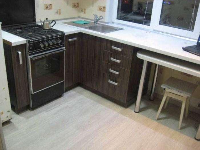 Как преобразить крохотную кухню: Хозяин хрущевки сделал ремонт на площади всего 5 кв. метров