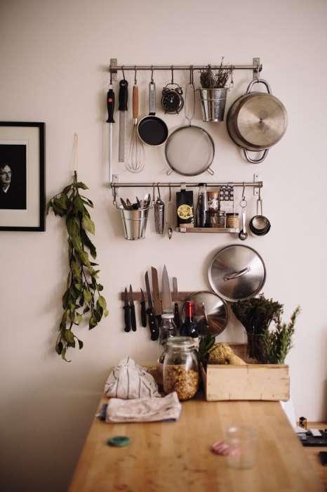 12 идей, которые помогут упорядочить вещи даже когда совсем нет места