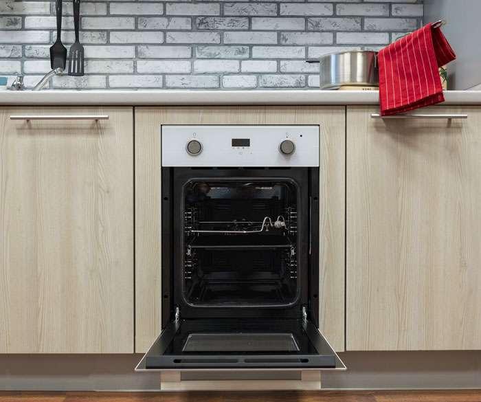 Личный опыт: Как оборудовать полноценную кухню на шести квадратных метрах