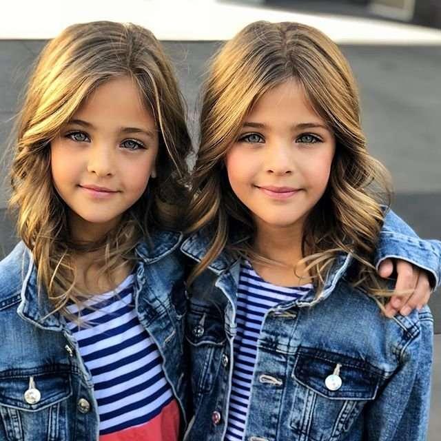 Самые красивые девочки: 7-летние близняшки из США покоряют модельный Олимп (20 фото)