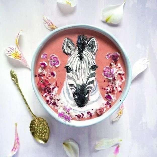 Необычное искусство - рисование на молочной пенке (10 фото)