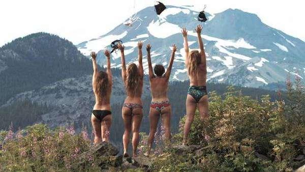 Фото голых в горах все