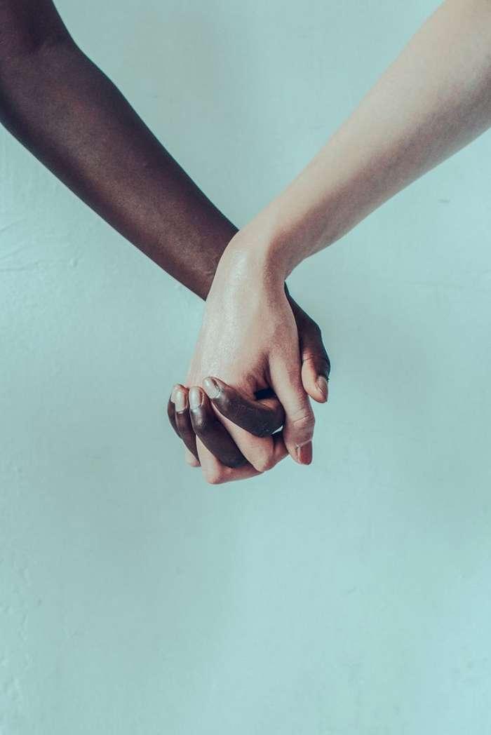 """Фотопроект Мартина Нойхофа """"За равенство и против расизма"""" (4 фото)"""