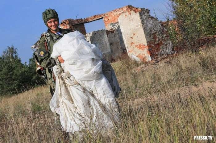 Девушки российской армии (33 фото)