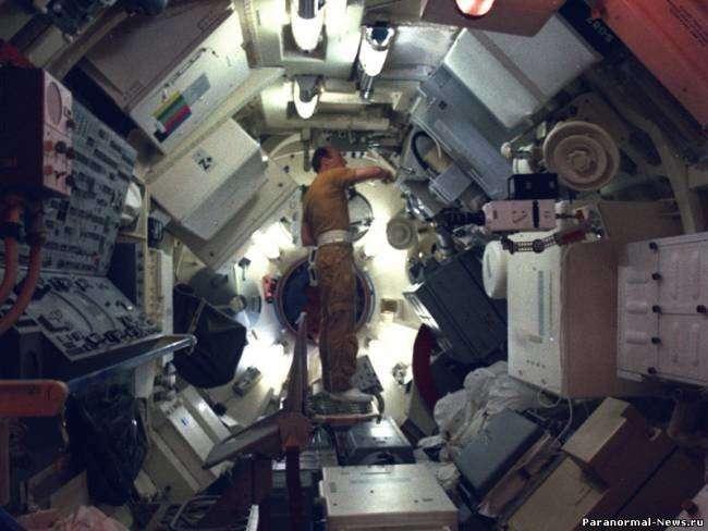 Мятеж на орбитальной станции-5 фото-