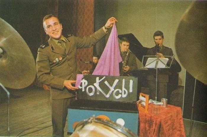Какие места, считались самыми -блатными- для службы в Советской армии-3 фото-