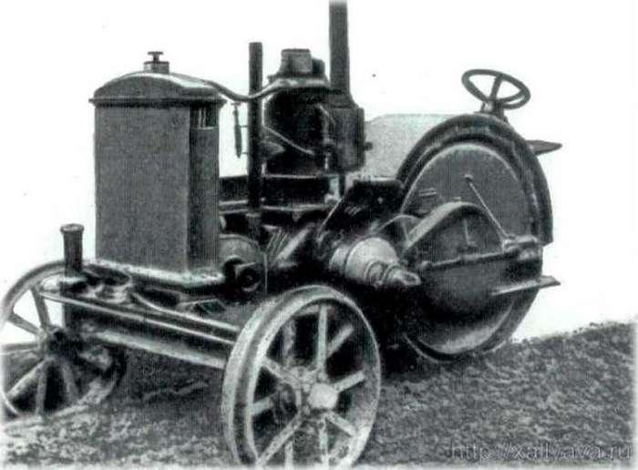 Как назывался и на каком топливе работал первый советский трактор?-6 фото + 1 видео-