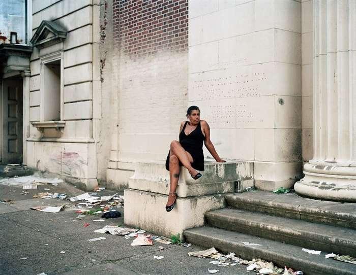 Эпицентр эпидемии наркомании в США: жуткие фото жителей Кенсингтон Авеню-40 фото-